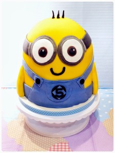 Cherie Kelly's Despicable Me Minion Cake