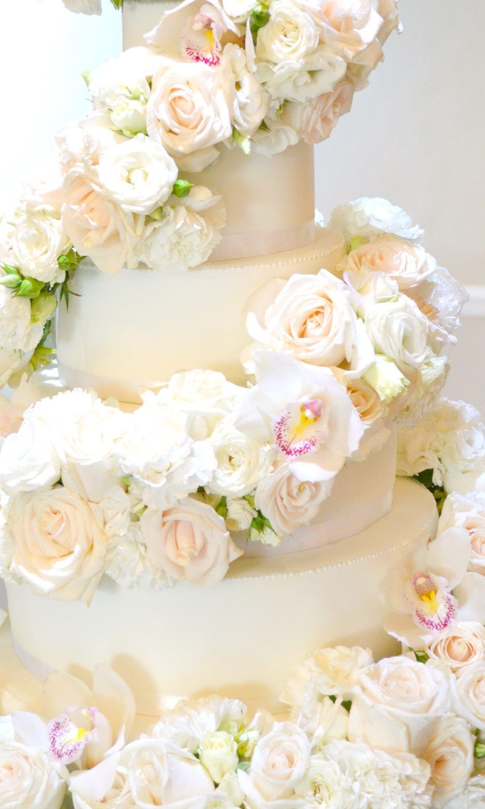 Eastington Park Manor House 6-tier Ivory Rose and Orchids Cascade ...