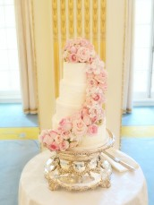 Fresh Flowers Roses Hydrangeas Sweet Pea Pink Wedding Cake at Mandarin Oriental Hyde Park London Cherie Kelly cakes and flowers