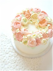 Buttercream Flower Wreath Cake Cherie Kelly London