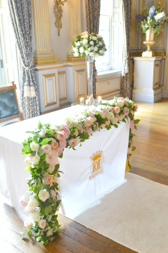 Knowsley Hall Wedding Flowers And Wedding Cake Ch 233 Rie Kelly