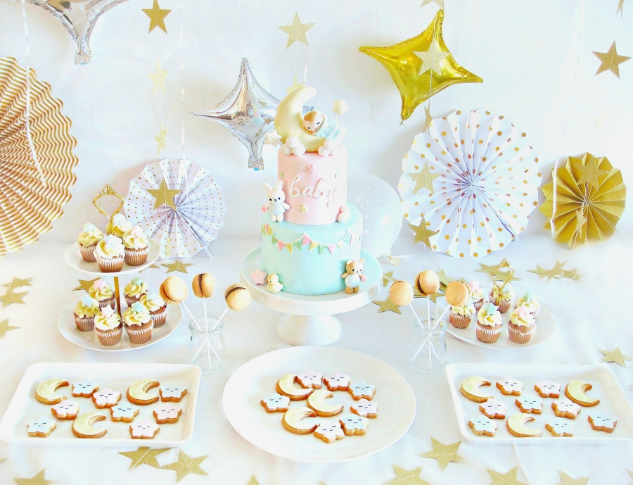 Cake Decorating Course In Hk : Cherie Kelly London Wedding Cakes, London Birthday Cakes ...