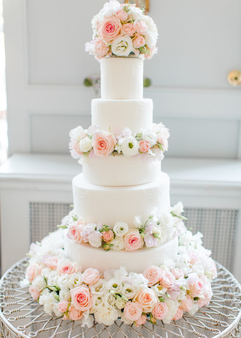 wedding cake courses london uk cherie dusty pink and white fresh flowers floral 22276