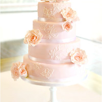 Pink Roses Wedding Cake at Trinity College Oxford University Cherie Kelly London